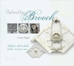 lorena-angulo-behind-the-brooch